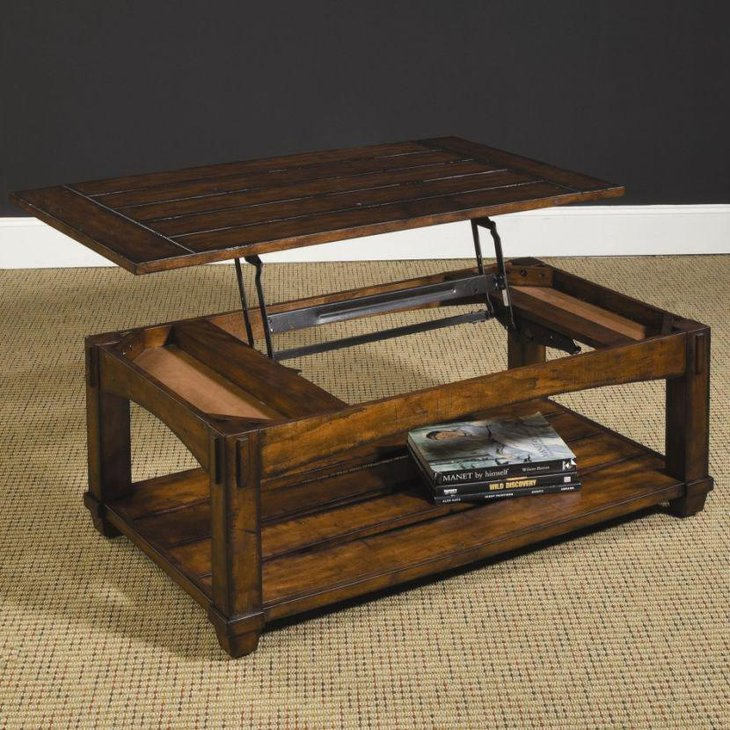 Solid Rustic Looking Lift Top Coffee Table Made Of Oak