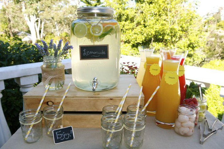 Soothing drinks served in mason jars for wedding buffet