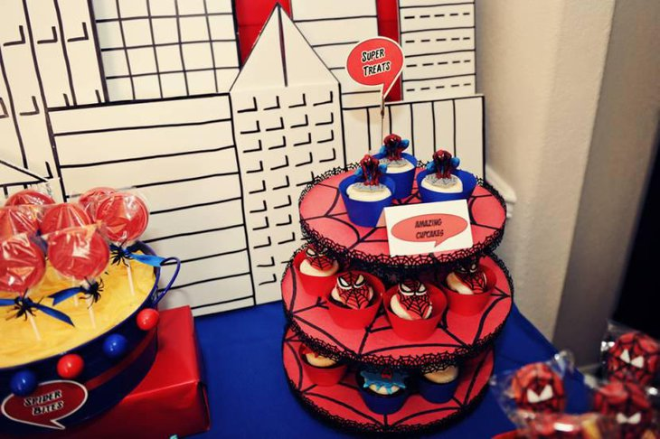 Spiderman Themed Cupcakes and Cake Pops For Dessert Table