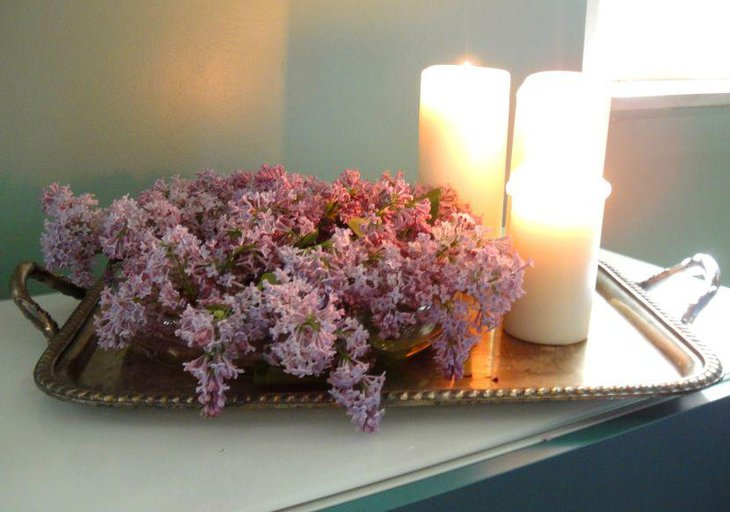 Spring tray and candle centerpiece with lilacs