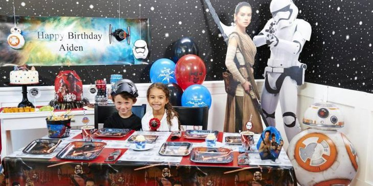 Star Wars Force Awakens Party Guest Table