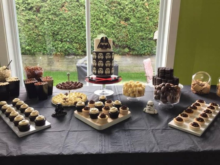 Star Wars Themed Sweet Table