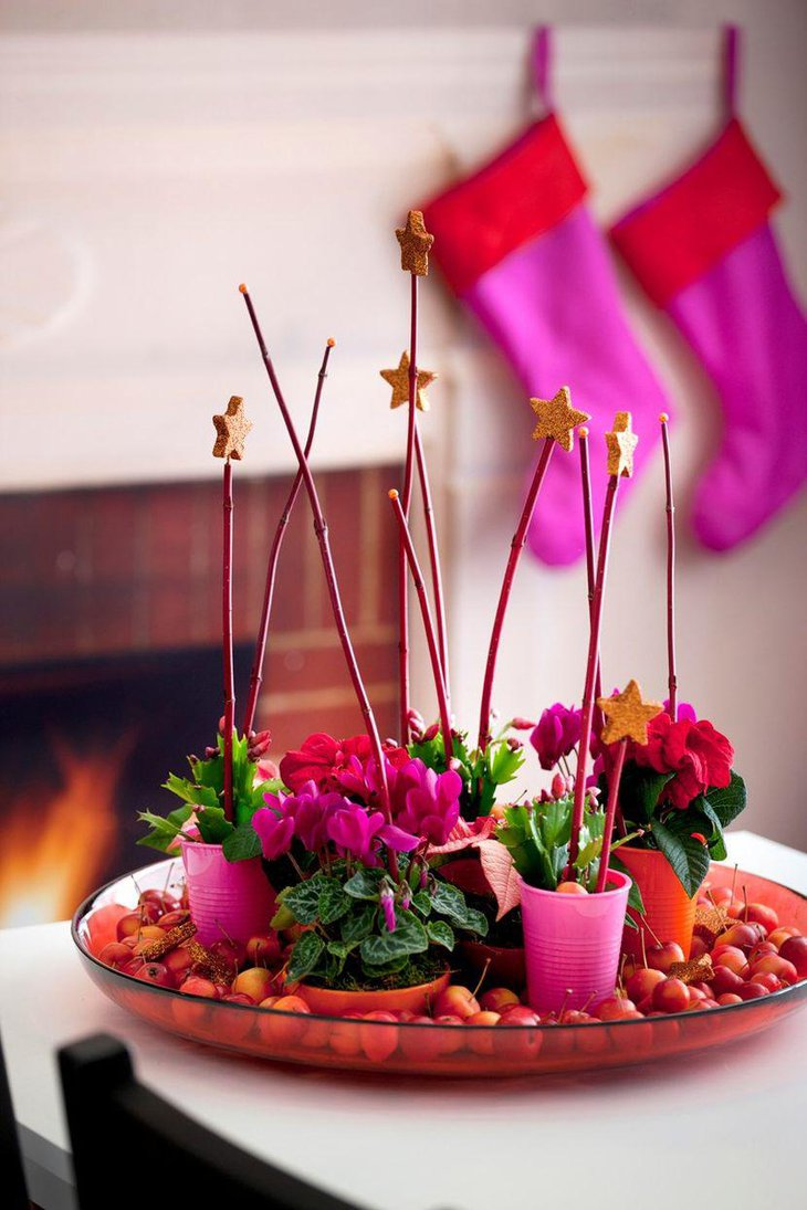 Stunning Christmas Table Centerpiece With Red and Pink Floral Arrangement On Glass Dish