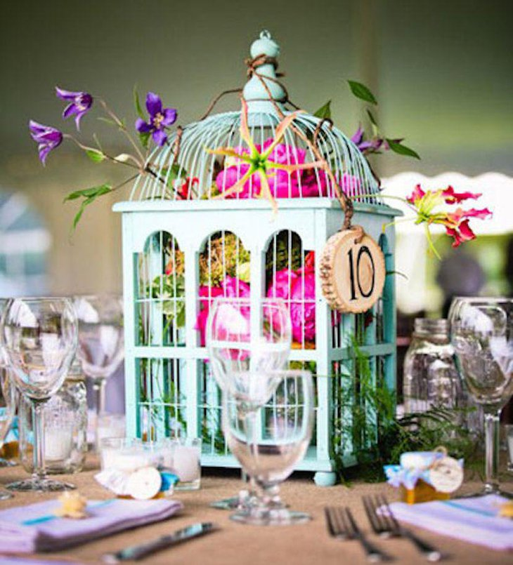 Stunning DIY Birdcage Wedding Table Centerpiece With Flowers