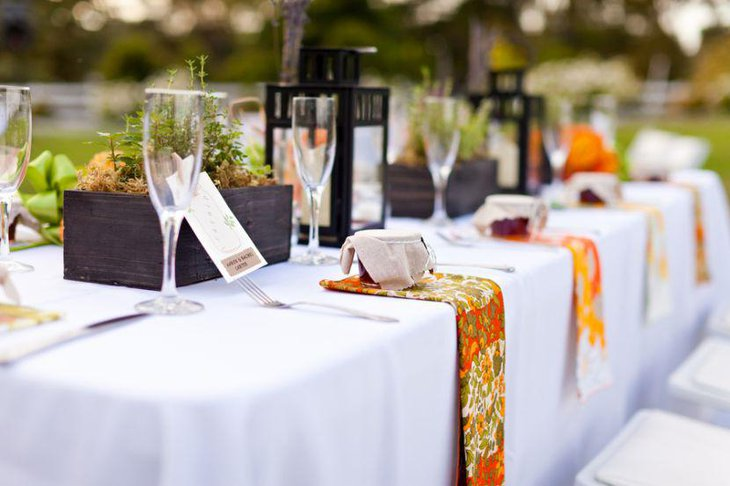Stunning DIY Spring Table Decorations For Wedding