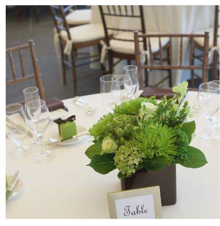 Stunning green spring table centerpiece