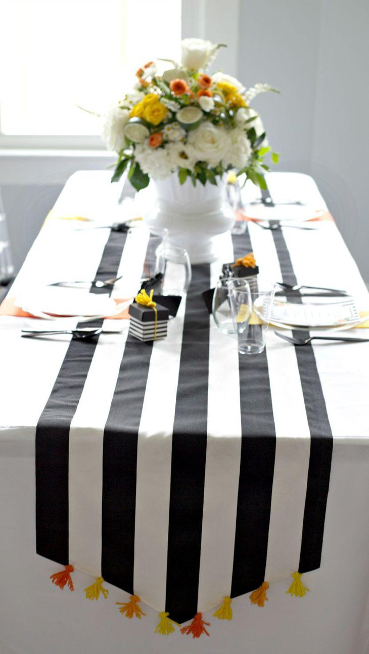 Trendy wedding table runners decorating ideas