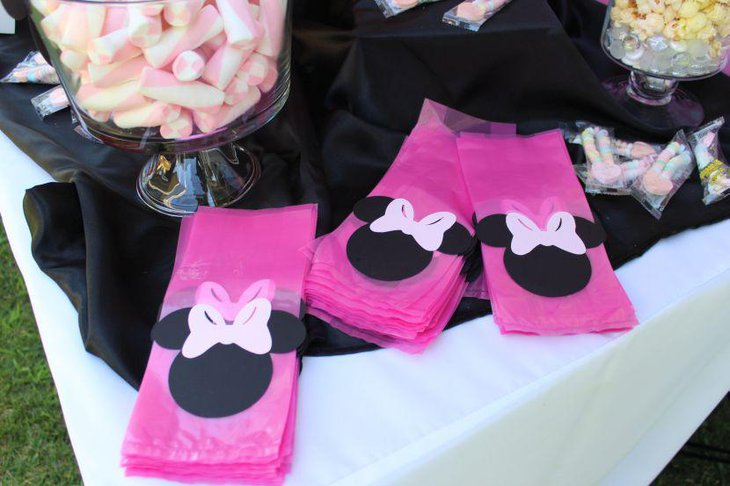 Sweet black and pink accented Minnie Mouse candy table