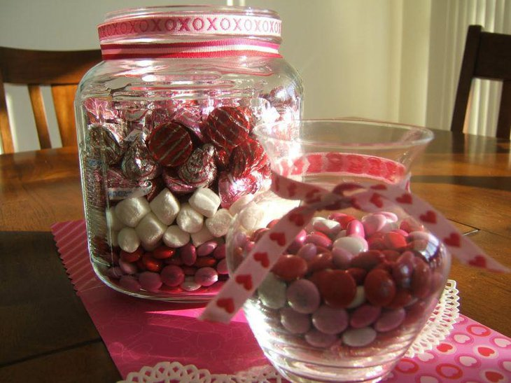 Sweet candy jar Valentines centerpiece 1