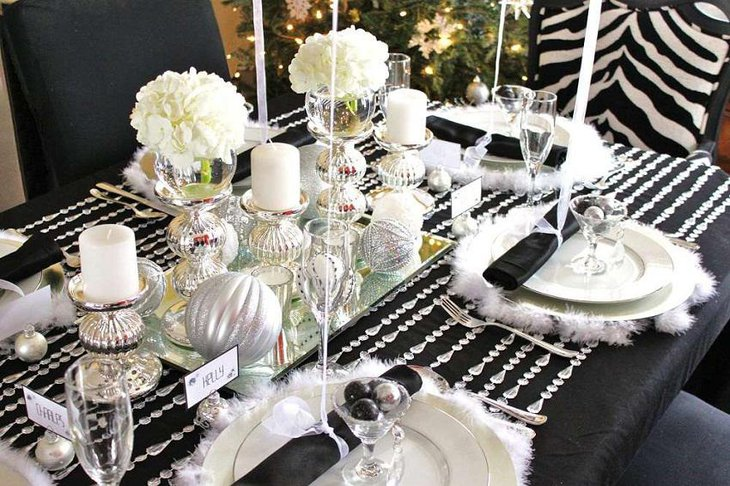 The Black and White Flower New Year Eves Party Decoration
