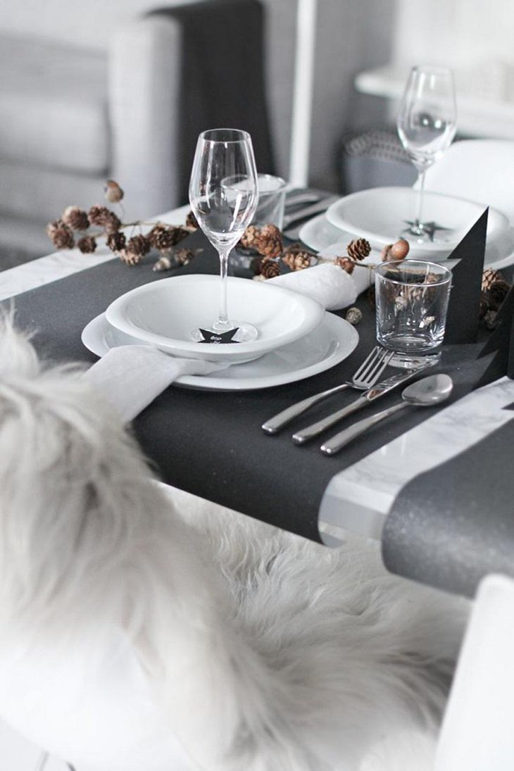 The Black and White New Years Eve Cozy Party Table Decoration