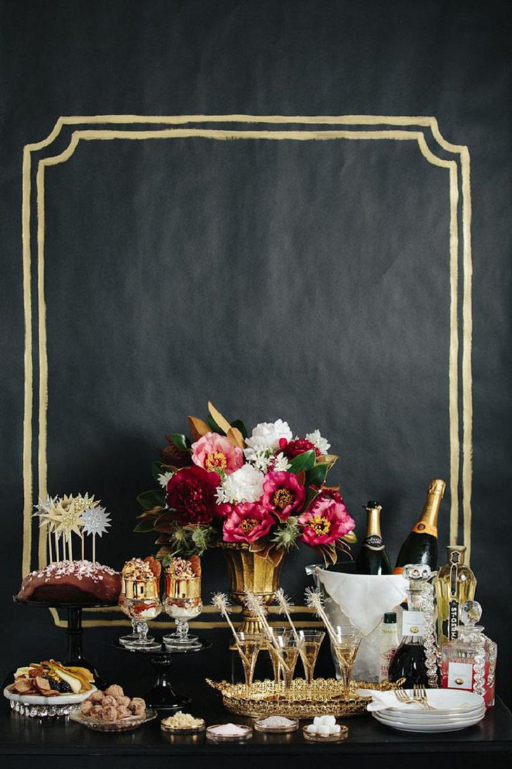 The Black White and Golden New Years Eve Chalkboard Party Table Decoration