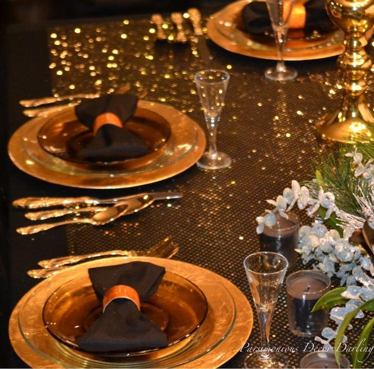 35 black and white new year s eve party table decorations. Black Bedroom Furniture Sets. Home Design Ideas
