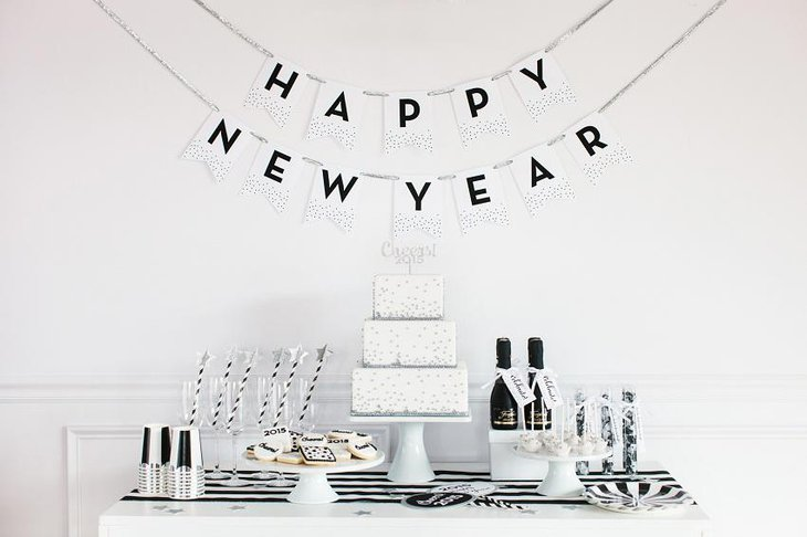 The Black White and Silver New Years Eve Elegant Party Table Decoration