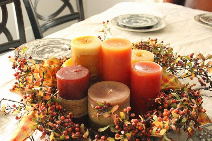 Trendy Thanksgiving Table Decor With Candles