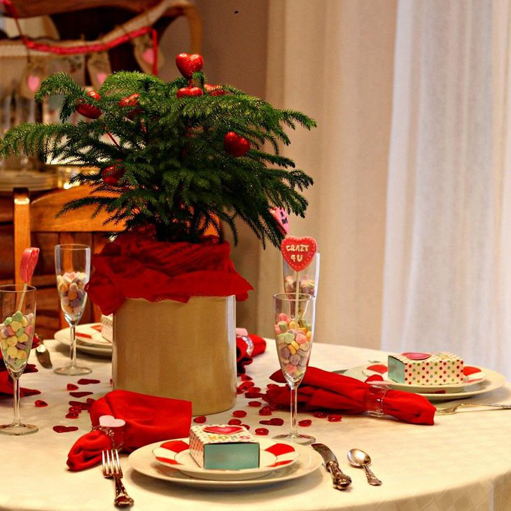 Valentine Table Decoration Using Hearts
