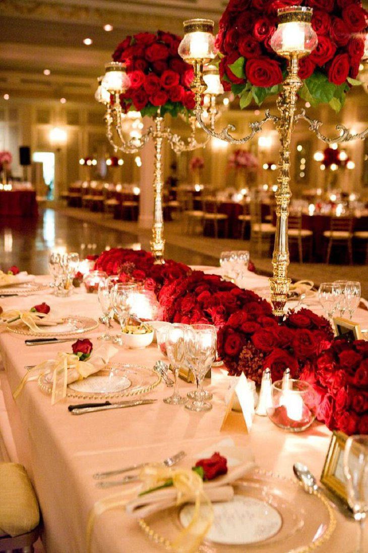 Valentine Table Decoration With Roses For A Lavish Feel