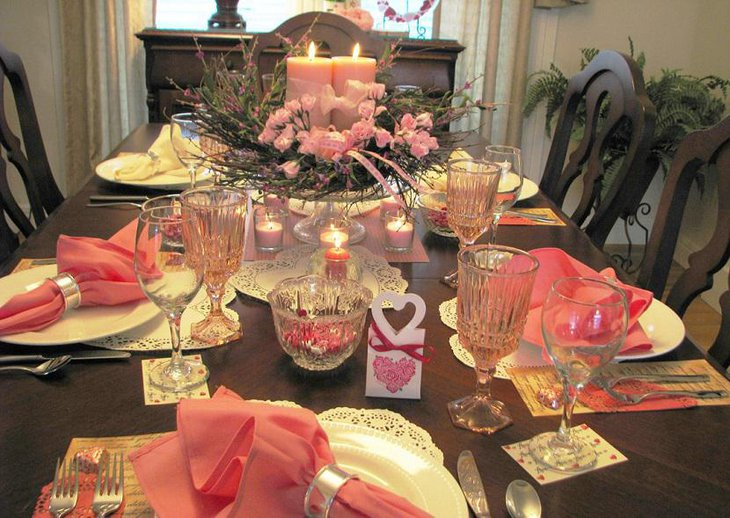 Valentine Tablescape in Pink