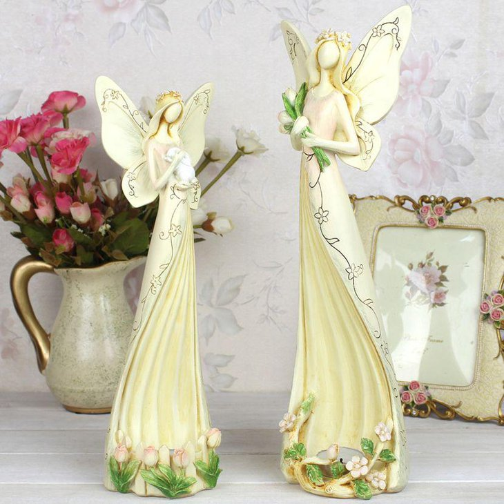 Vintage table decor with ceramic angel props