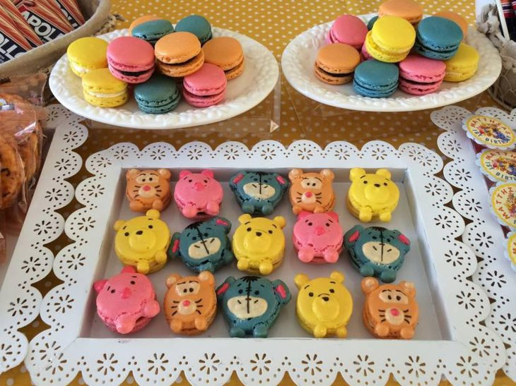 Winnie the Pooh Macaroons Cupcakes Cake Pops