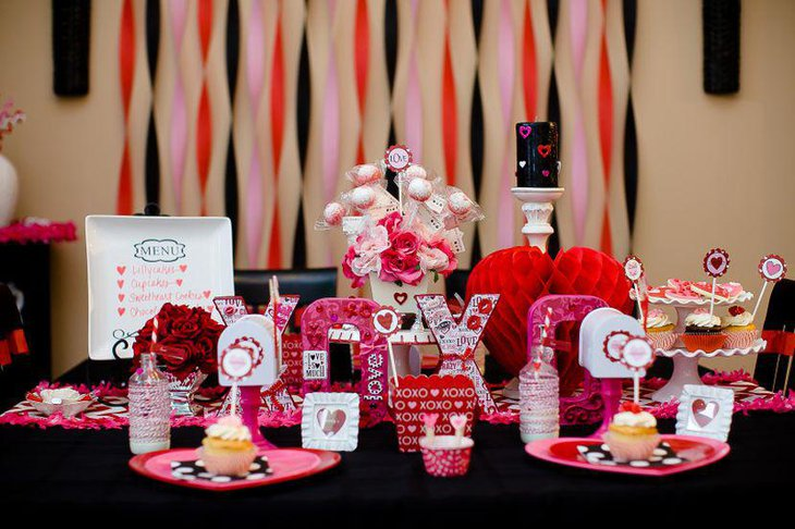 XOXO hearts and floral Valentines vignette centerpiece