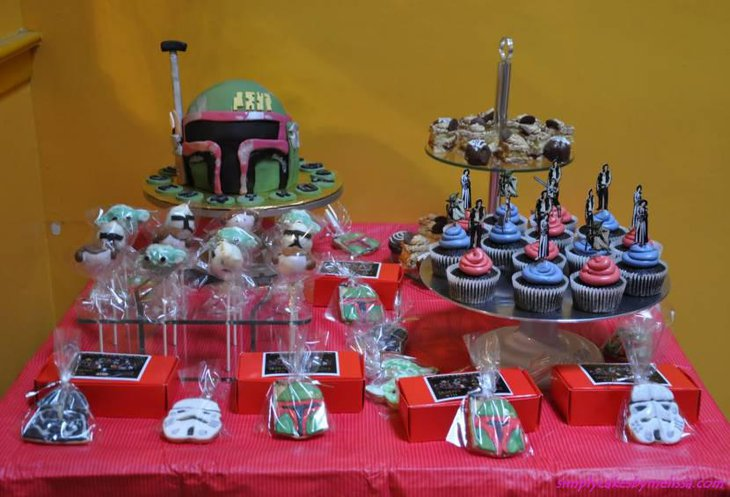 Yummy Star Wars Themed Dessert Table